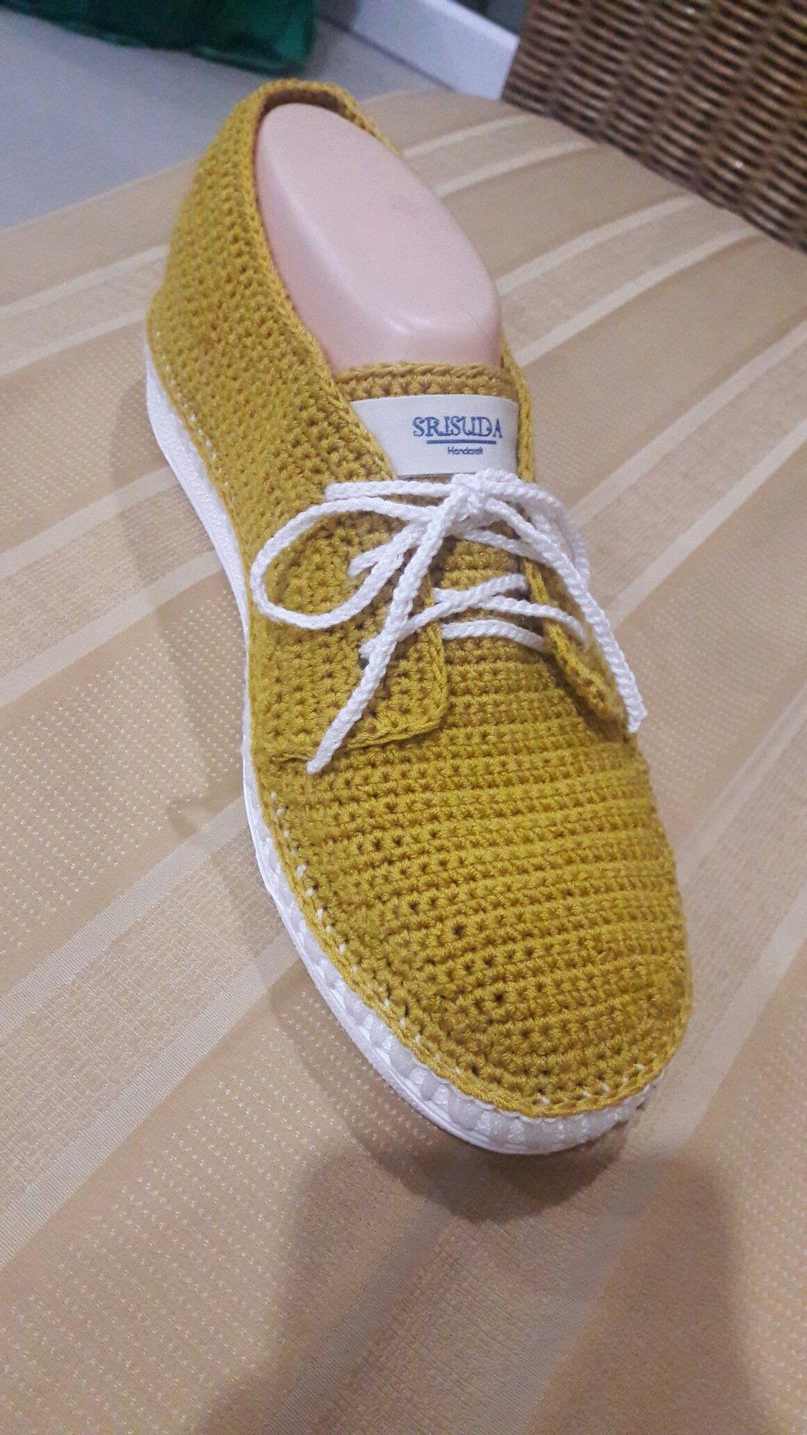 Pin von Srisuda Bailey auf my crochet shoes | Pinterest | Pantoffeln ...
