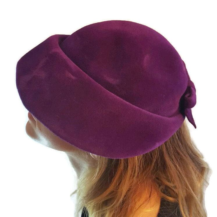 Purple Velvet Downton Abbey Hats Evelynvaron Vintage Women s Hats Ladies Wide  Brim Cloche Style Hat 1920s 1930s by WhyWeLoveThePast on Etsy ec22db9468ec