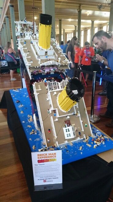 Brickvention Lego Titanic Cracking Open Lego Lego Titanic
