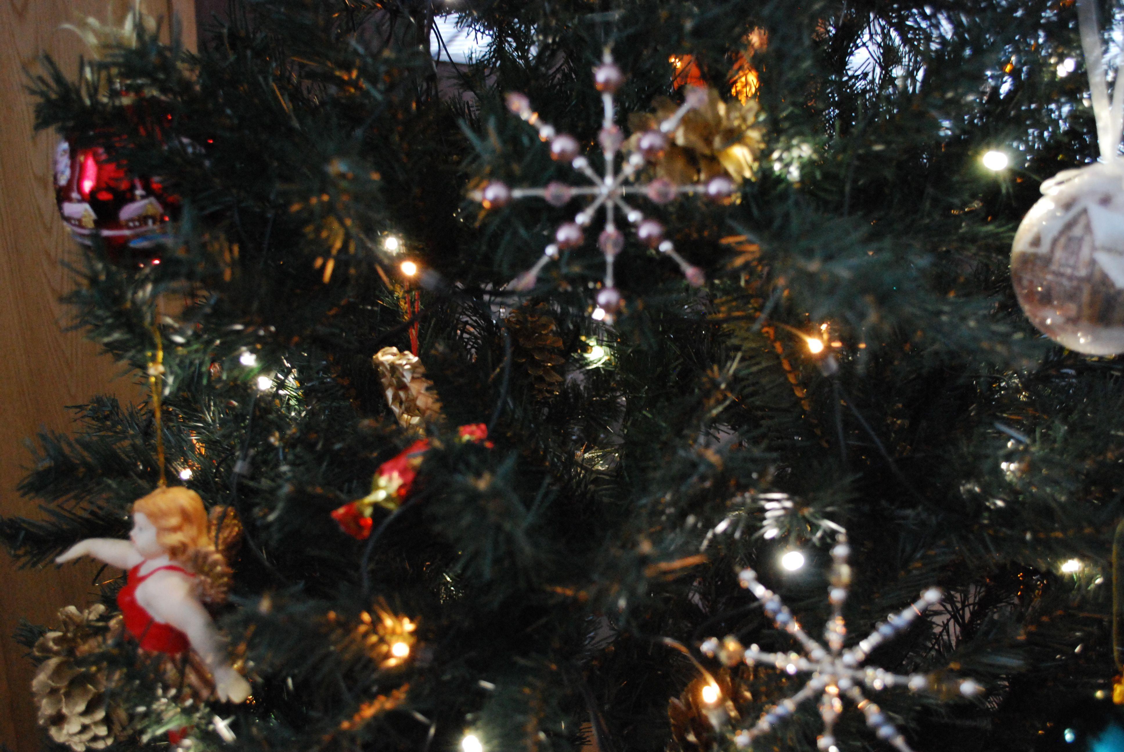 Annin joulukoristeet