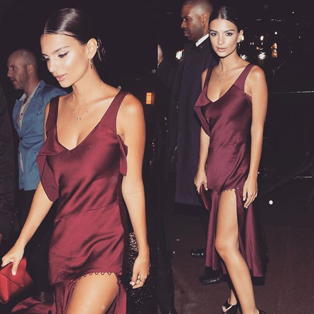 How did I miss this look from the met gala after party? Sorry Bae ily #emilyratajkowski #emrata
