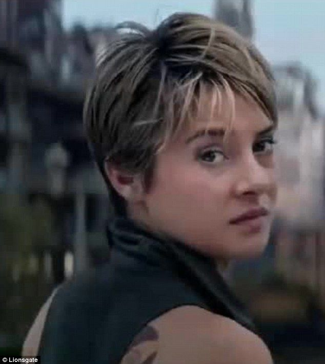Shailene Woodley Fights And Shares Tender Moments In Insurgent Trailer Shailene Woodley Hair Short Hair Styles Divergent Hair