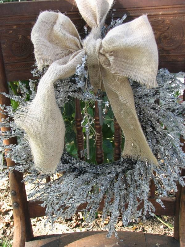 burlap and spakles....