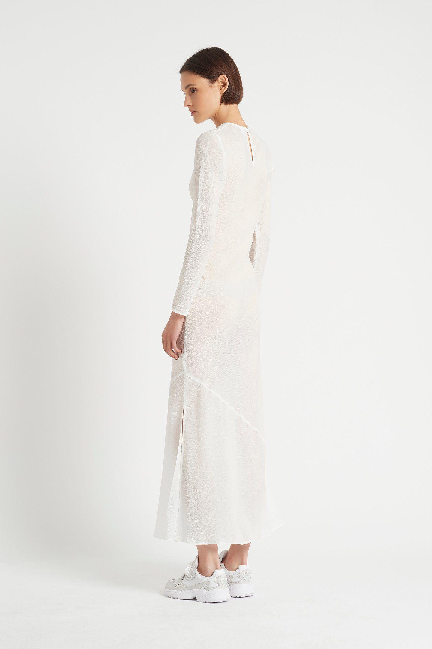 Pin On White Dress [ 2160 x 1440 Pixel ]