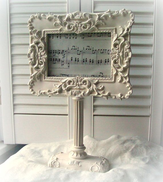 White Picture Frame Pedestal Frame Shabby Chic Home Decor French ...