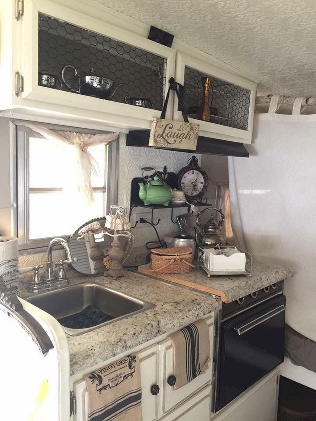 Decoration Interieur D'un Camping Car Rv Hacks Remodel And Renovation Ideas To Make You A Happy Camper
