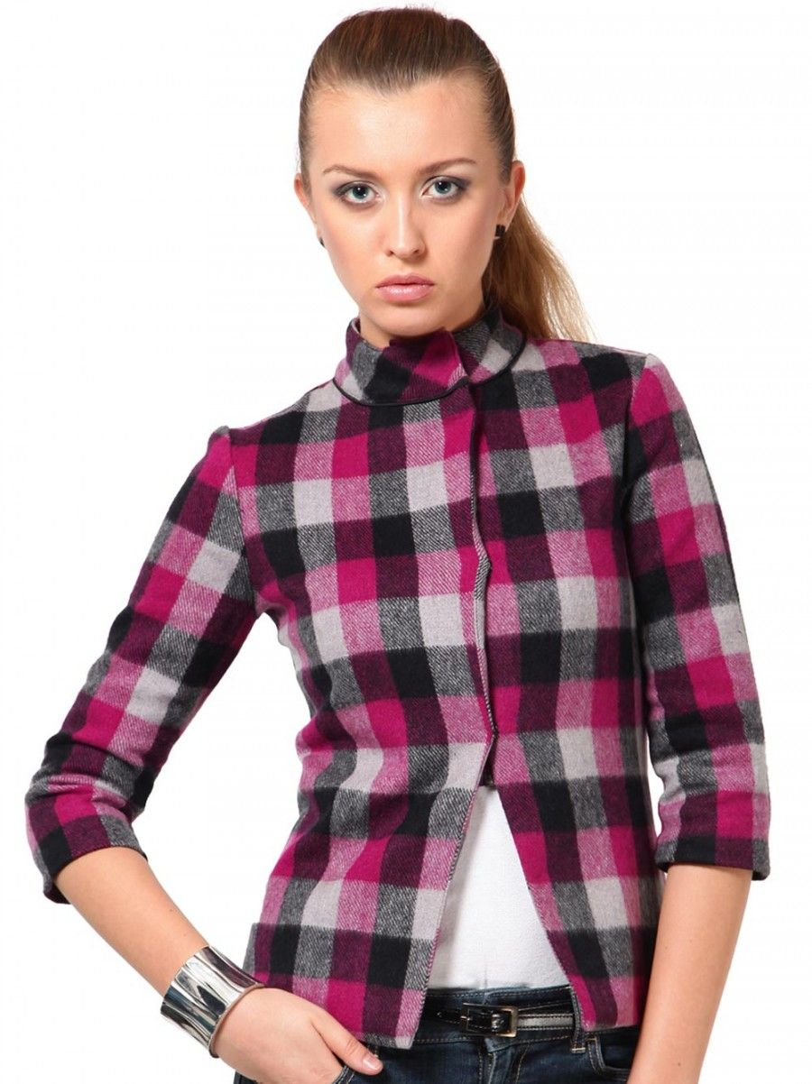 JAG FOX  This jacket in pink, black and grey colours features quarter sleeves and high neck. From The Vanca, it is crafted from tweed material.FeaturesBrand: The VancaCategory: Coats