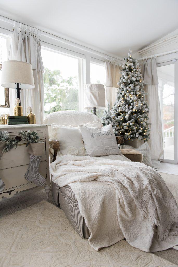 Holiday HouseWalk 2016 Liz Marie Blog