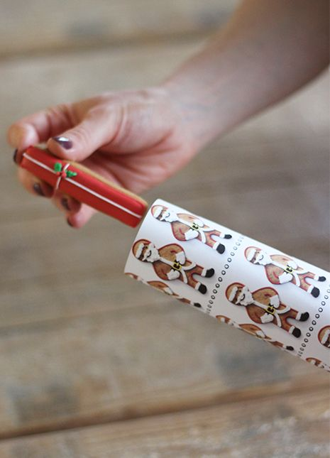 Make your very own biscuiteers christmas crackers sleigh bells make your very own biscuiteers christmas crackers solutioingenieria Choice Image