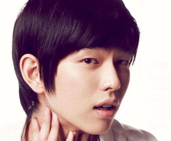 """Pinocchio"" Yoon Kyun Sang Confirmed for Ha Ji Won and Lee Jin Wook's Upcoming Drama"
