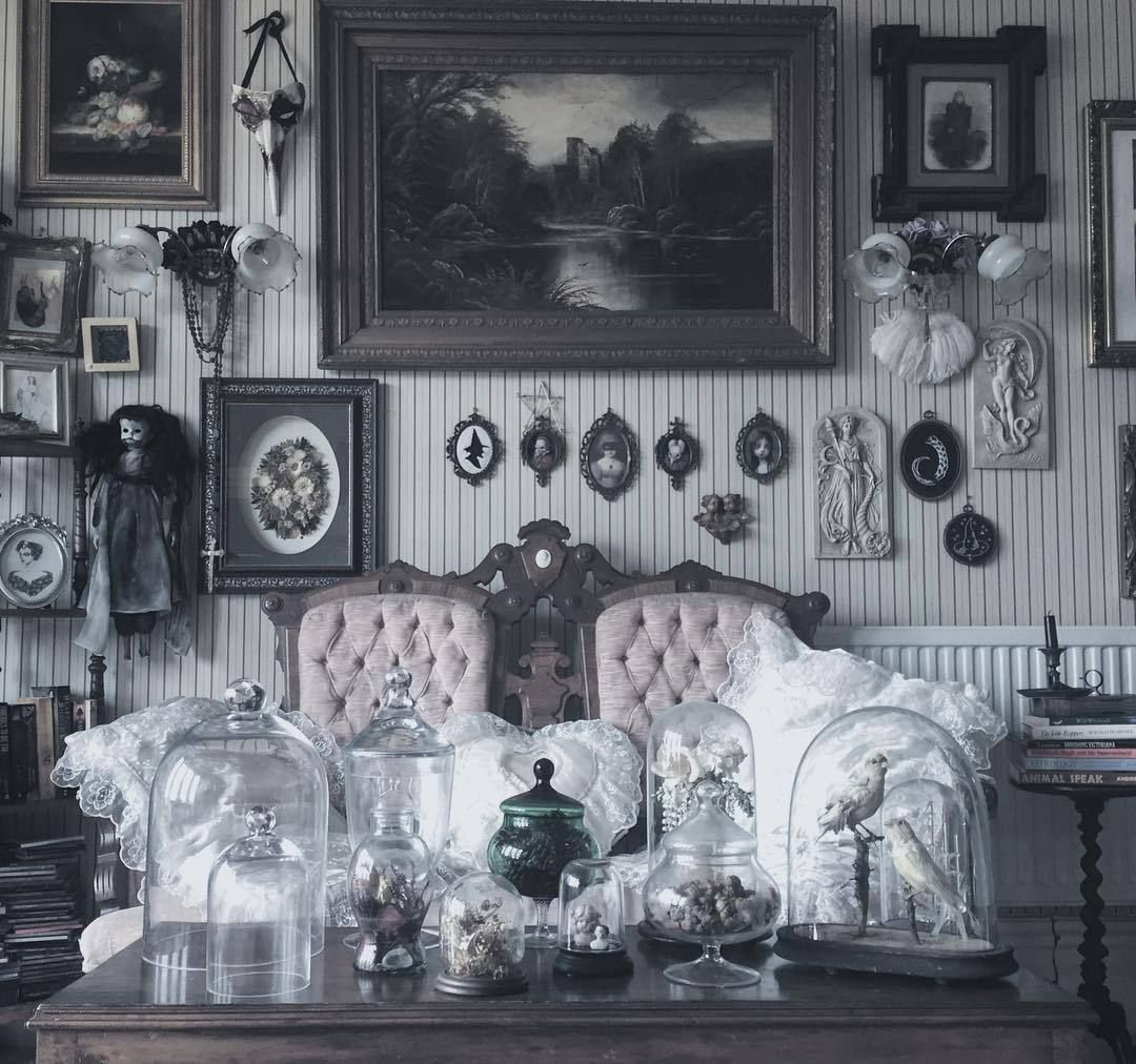 Pin By Tiffany Castillo On Stuff 13 Gothic Home Decor Goth Home