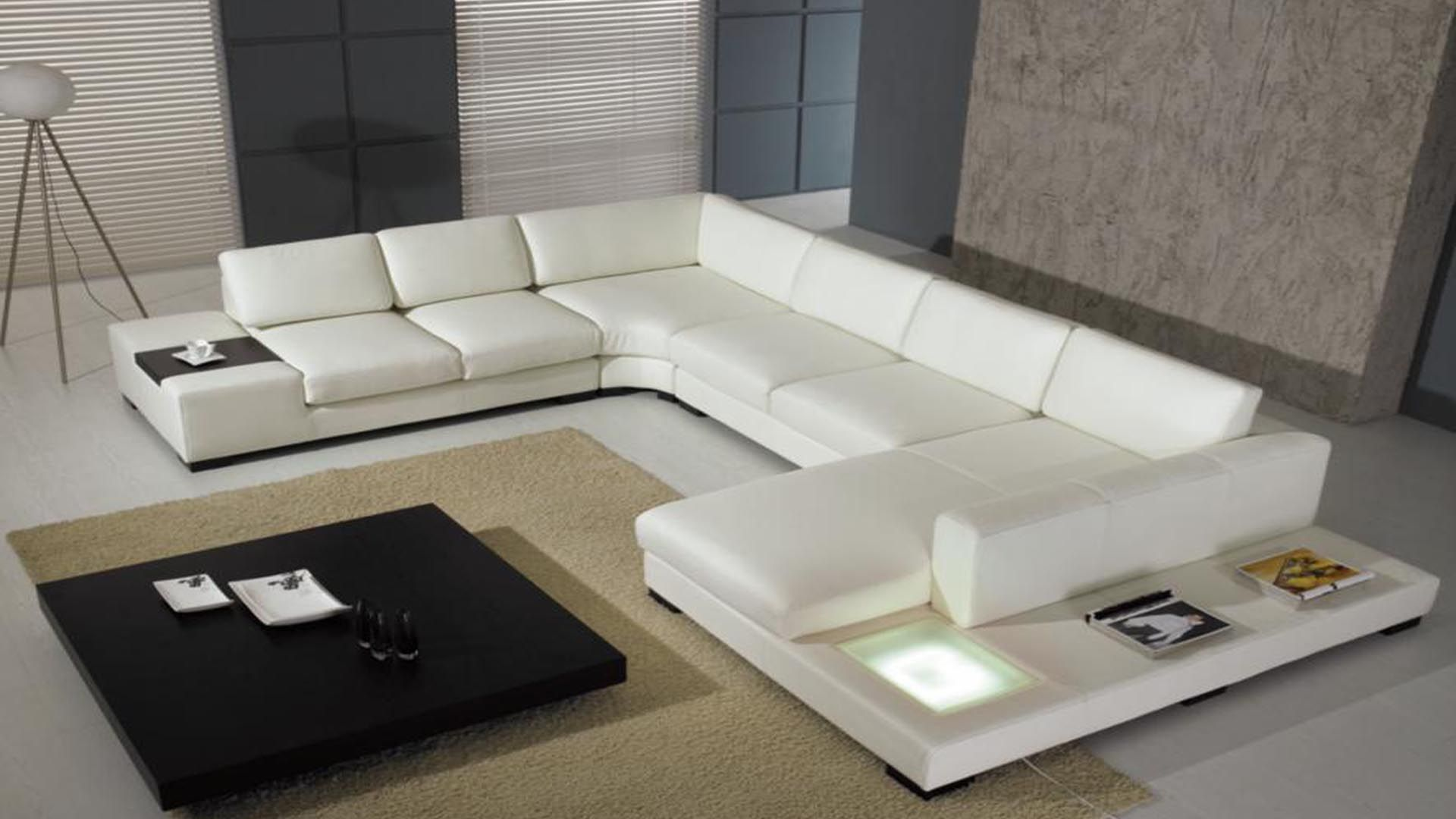 Splendid Sectional L Shaped White Leather Sofa With Chaise