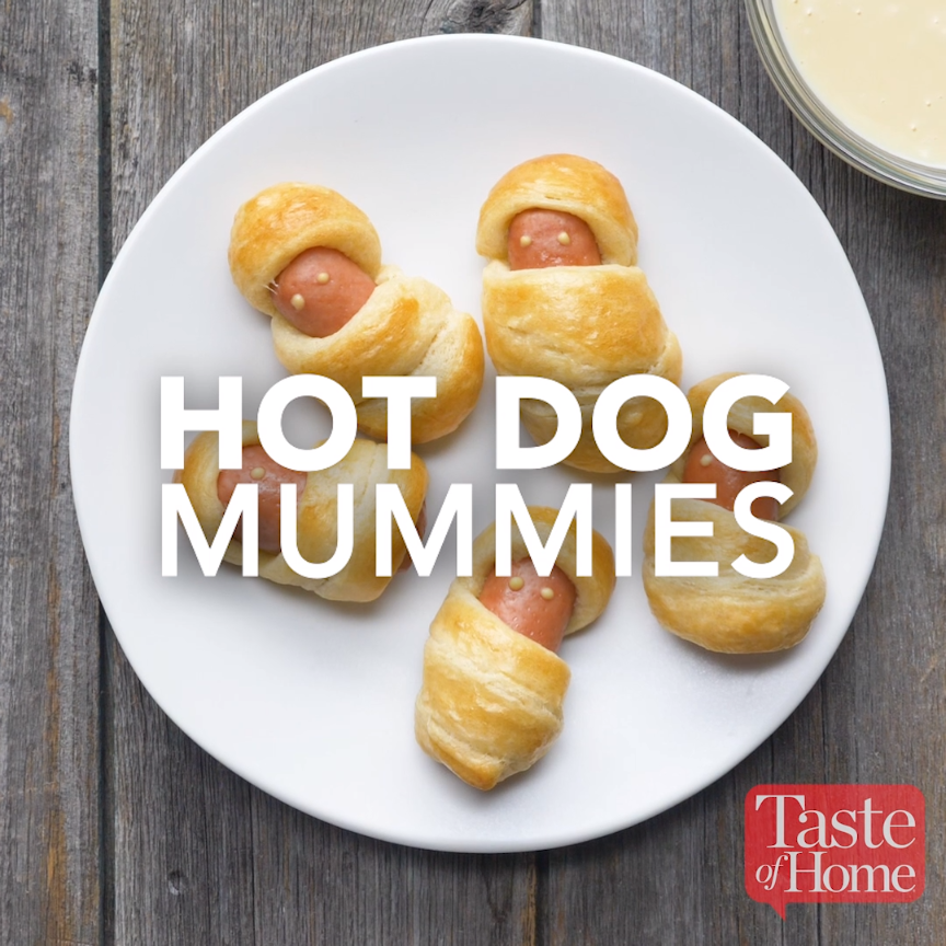9 Mind Blowing Party Food Rings: Hot Dog Mummies With Honey Mustard Dip