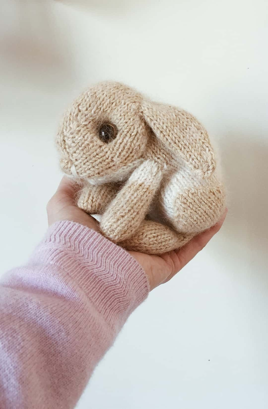 KNITTING PATTERN pdf Tutorial \u00abSun\u00bb clothing set for Molly \\ Mixed Pattern \\ Bunny outfit pattern