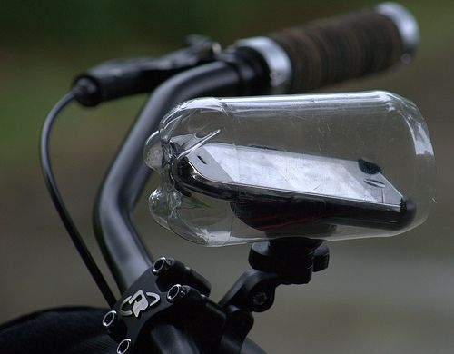 Luv My Iphone But What To Do In The Rain Bike Mount Diy