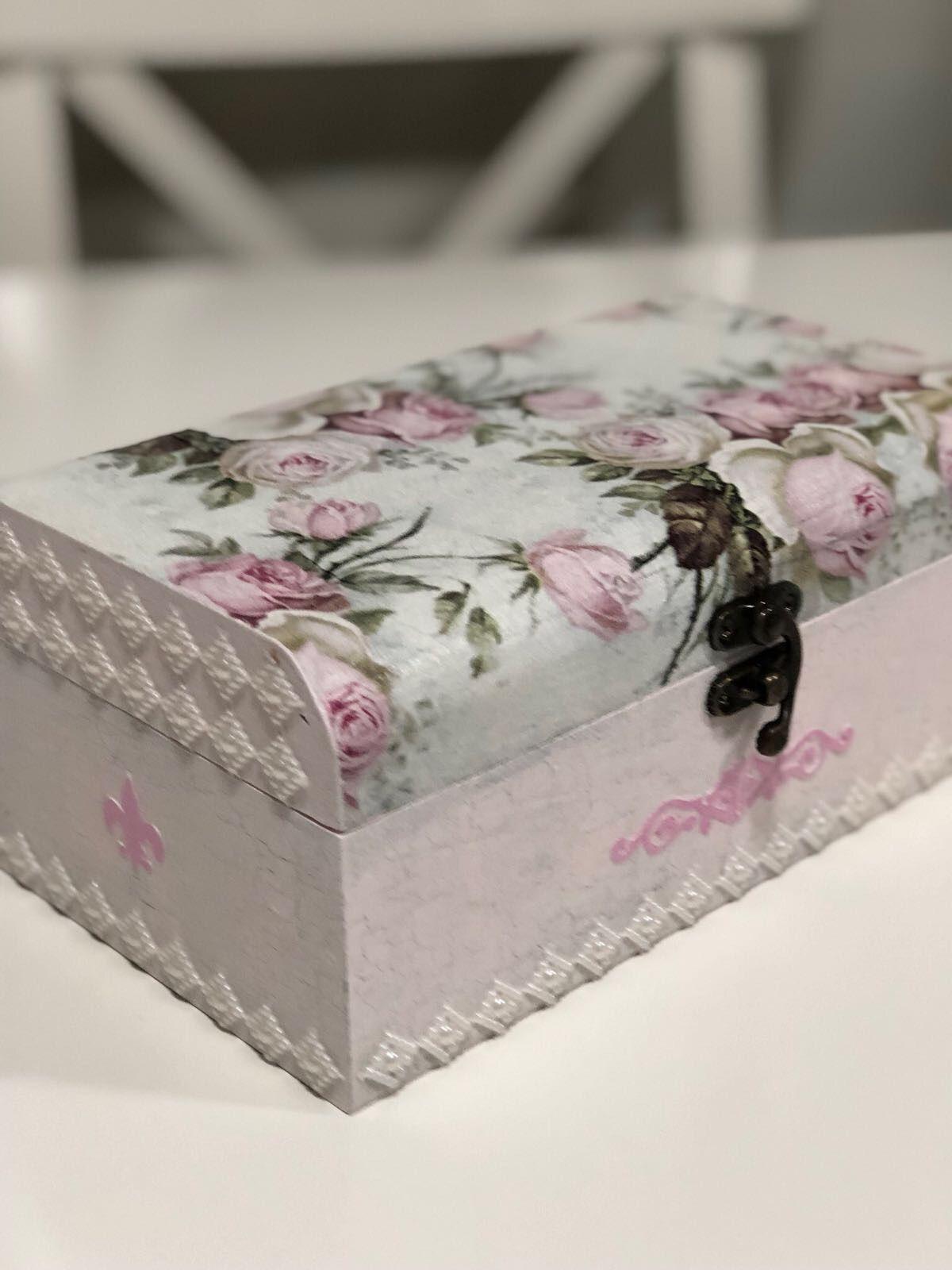 Cajas decoradas decoupage cajas cajasdecoradas art servilletas stencils decoupage - Manualidades cajas decoradas ...