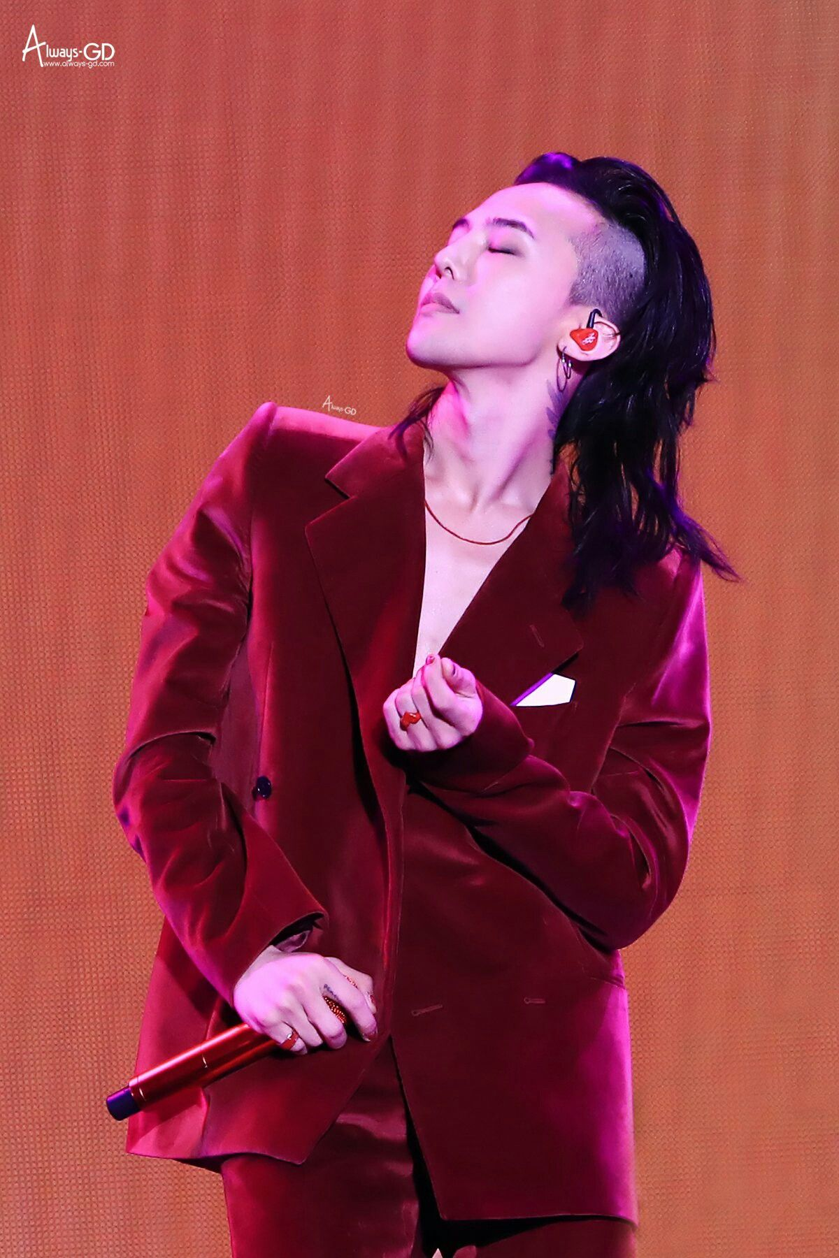 G Dragon S Hair On Point G Dragon Hairstyle G Dragon Korean Men Hairstyle