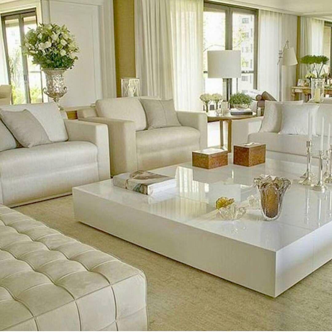 Tall flower vase estilo pinterest sala de estar for Taller decoracion de interiores
