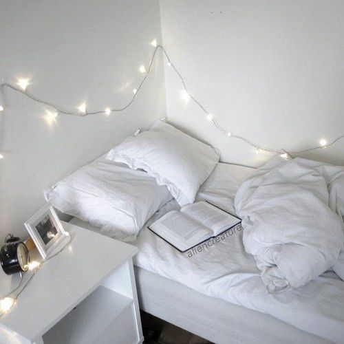 Tumblr, Bed, Messy, Book, Fairy Lights