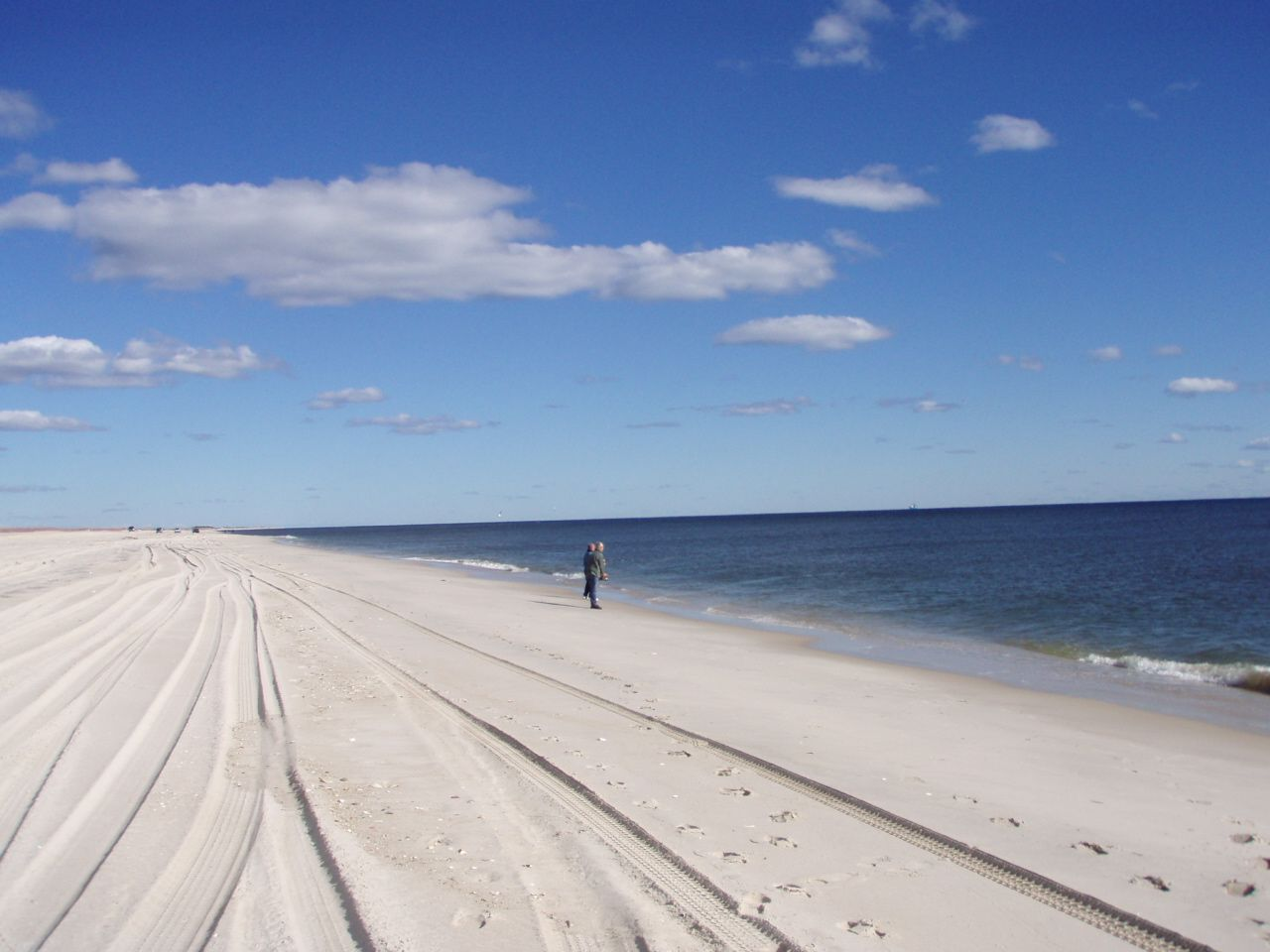Long Island Beaches Are A Good Old Comfort Paradise Long Beach Island Island Pictures Island Beach