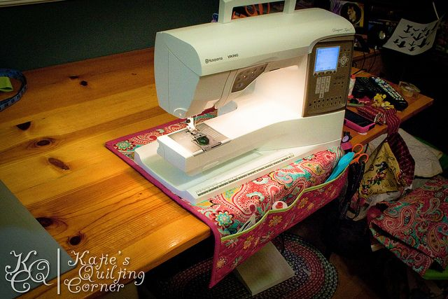 Sewing Machine Mat Tutorial by MagnoliaFly, via Flickr like much