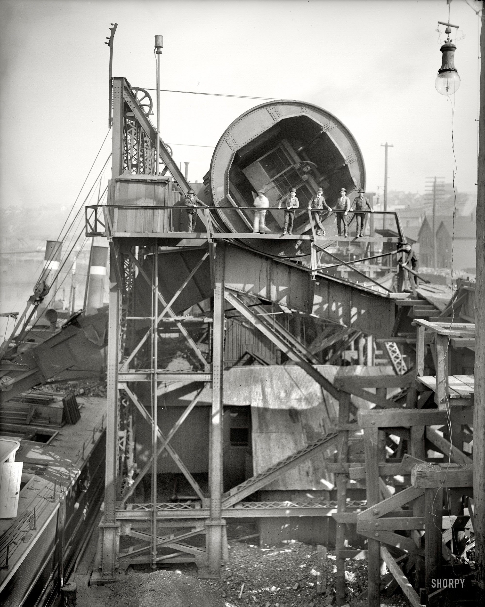 1910 Coal Tumbler