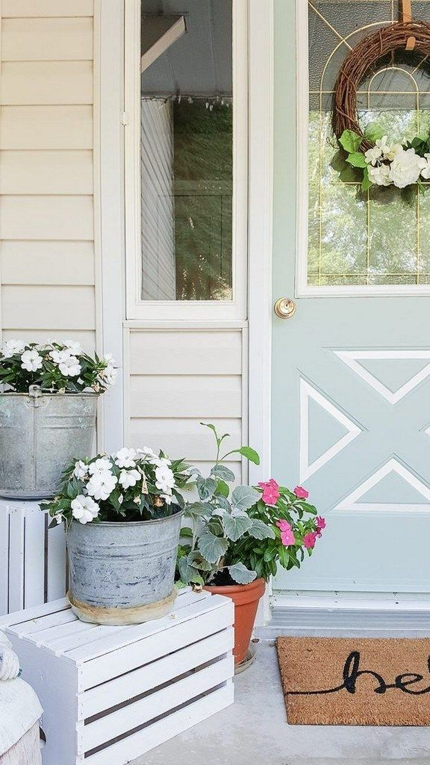 ✔50 affordable farmhouse spring and summer porch decoration ideas 19 #smallporchdecorating