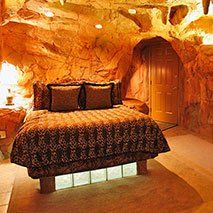 Caveman Suite In Black Swan Inn In Pocatello Idaho Stayed Here In