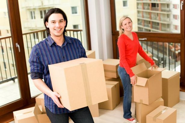 The Average Cost Of Moving Out Of Your Parents House Sapling Moving Services Moving And Storage Packers And Movers
