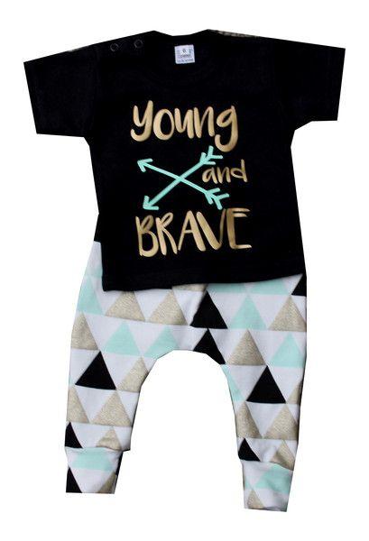 Sets - Hose   Shirt  brave  w.gr. 56/62 - 98/104 - ein Designerstück von ellyveen bei DaWanda