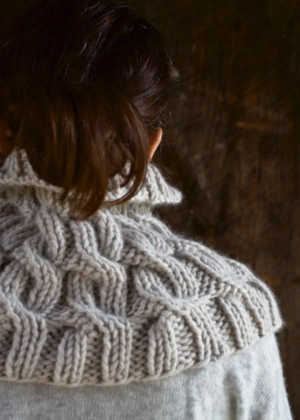 cozy-cable-cowl-600-10 | Knitting Favorites | Pinterest | Dos agujas