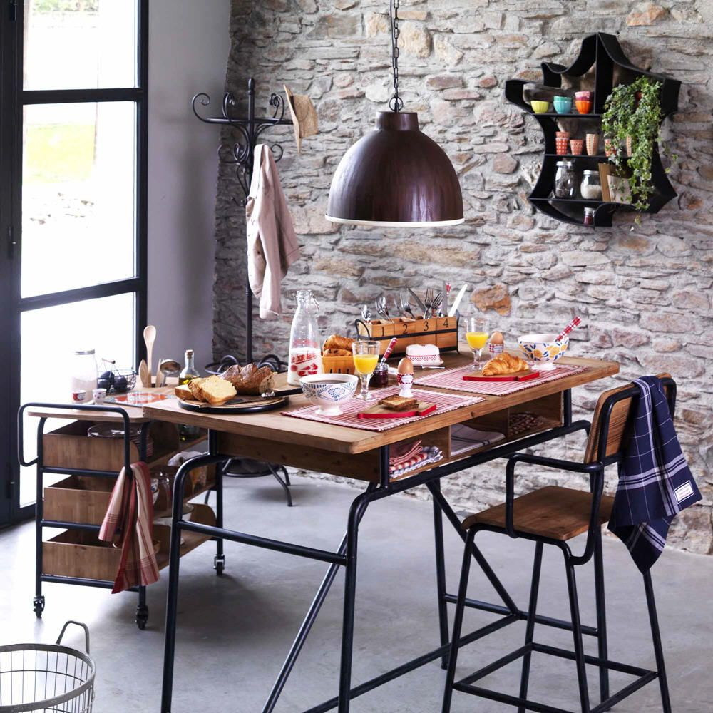 bureau en pin et m tal ecole d 39 antan comptoir de famille meubles pas cher mobilier de salon. Black Bedroom Furniture Sets. Home Design Ideas