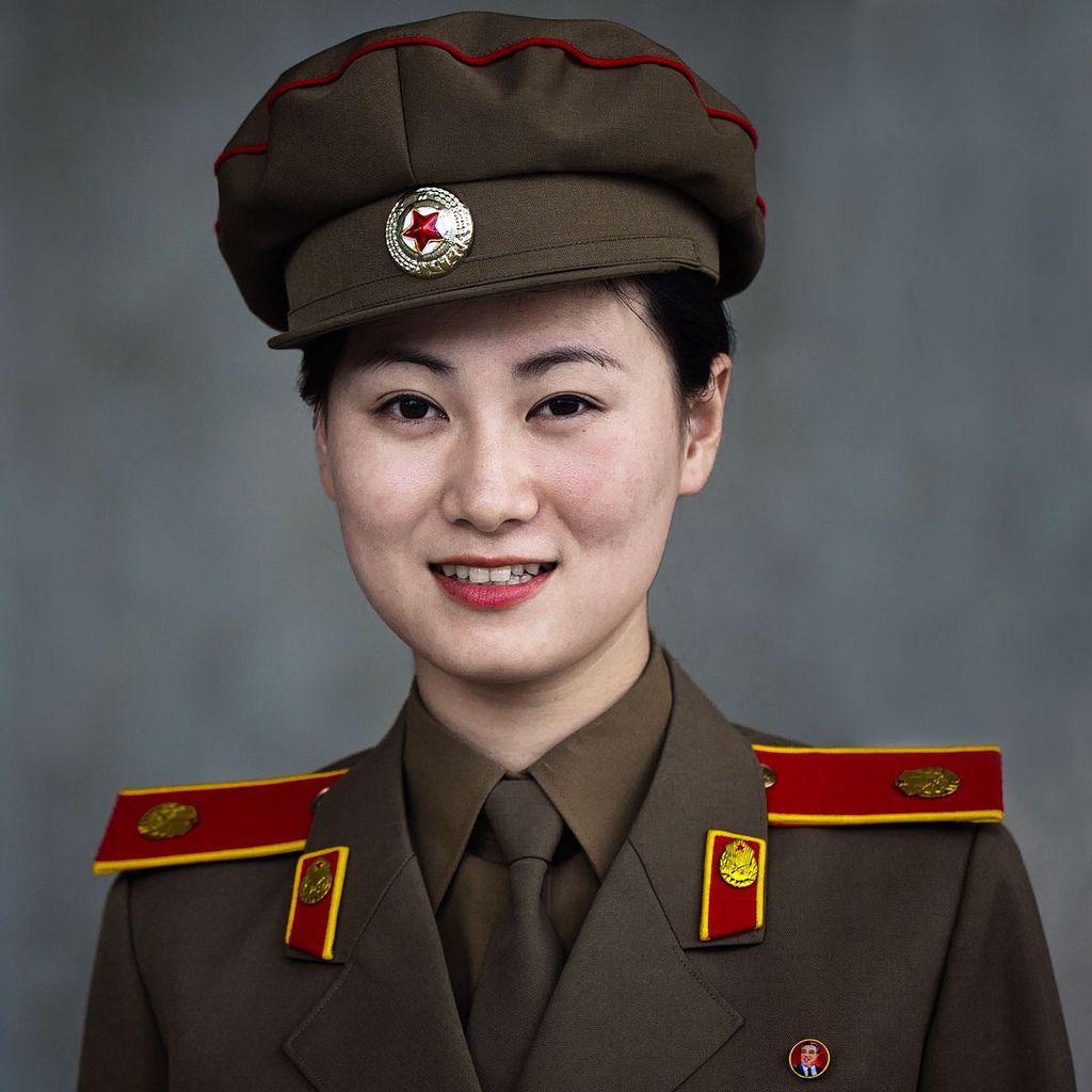 аксессуар современного красивые северные кореянки фото желательно подбирать холодный