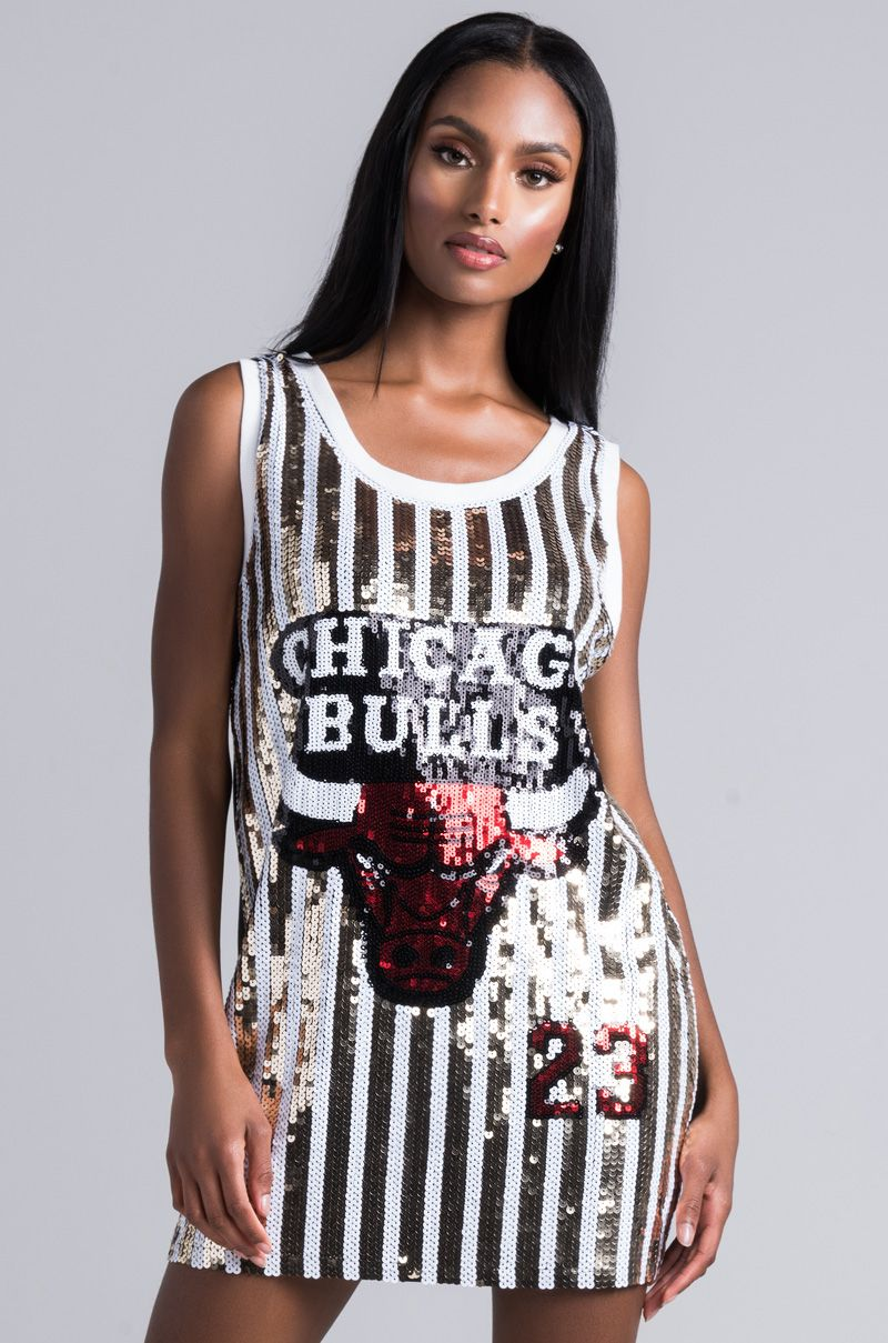 10f1bb735f3 Did we just bring back the jersey dress? The AKIRA Label Ur So Luvable  Sequin
