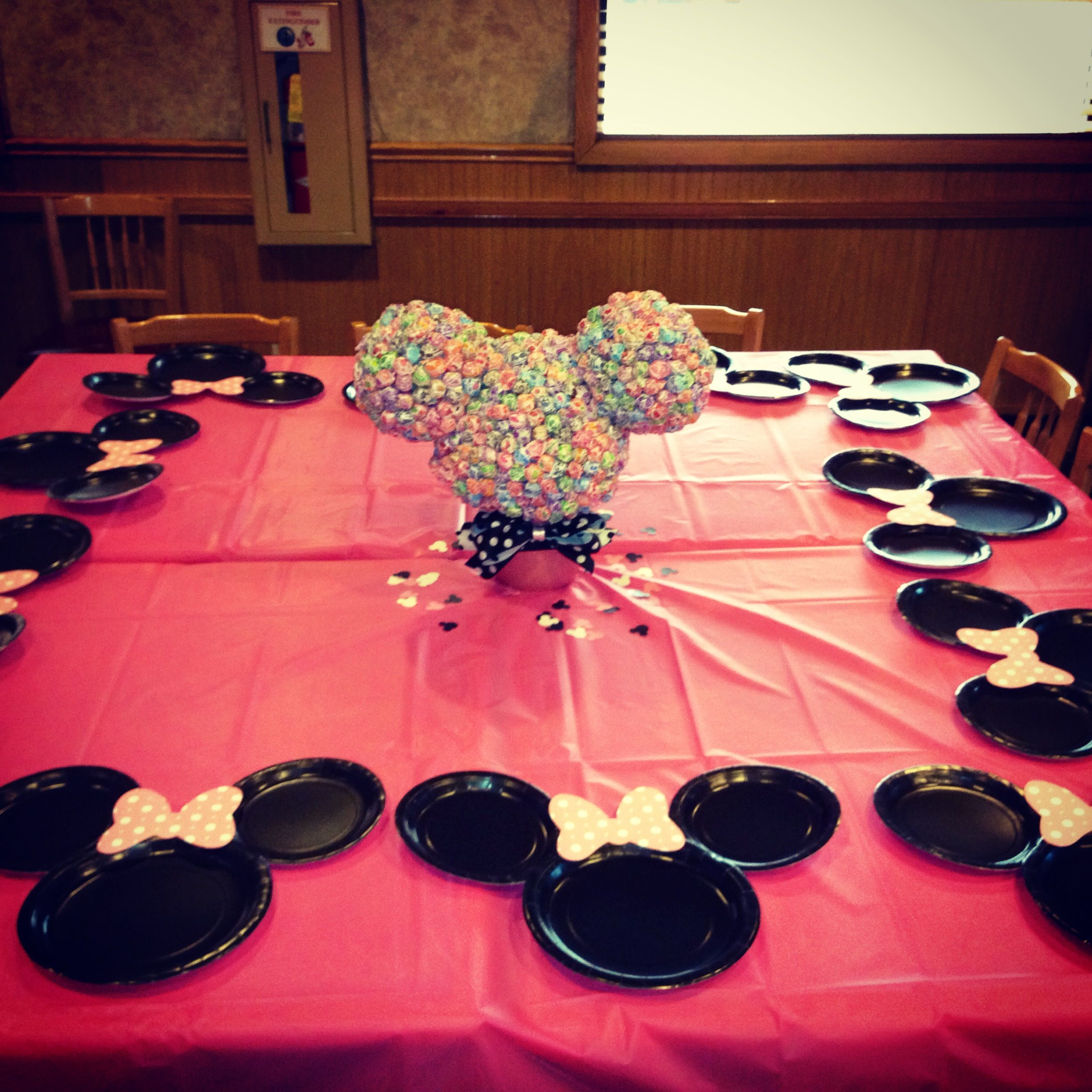 Minnie Mouse Table Decorations Minnie Mouse Birthday Pinterest