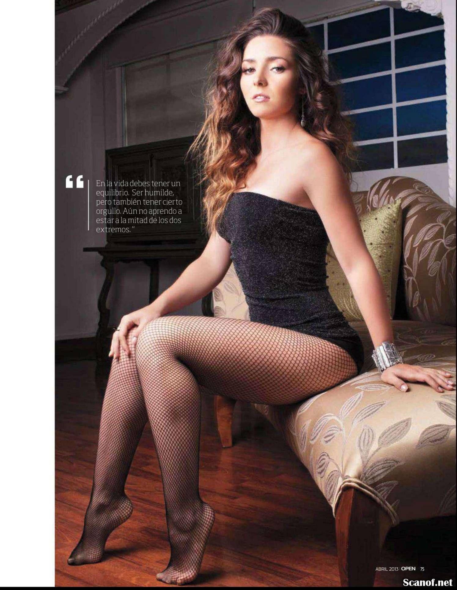 Celebrity pantyhose blog