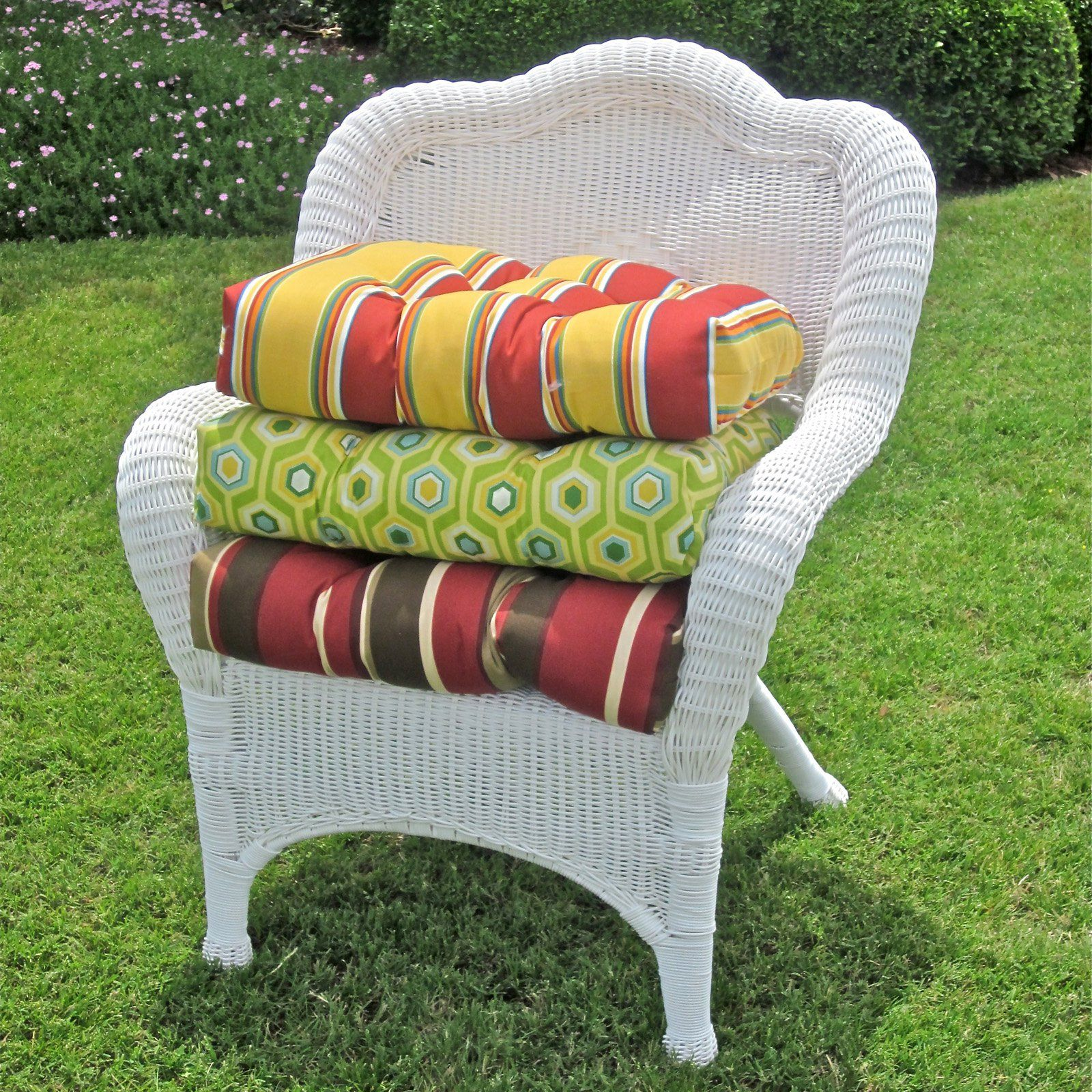 blazing needles 19 x 19 in. outdoor wicker chair cushion - 93182