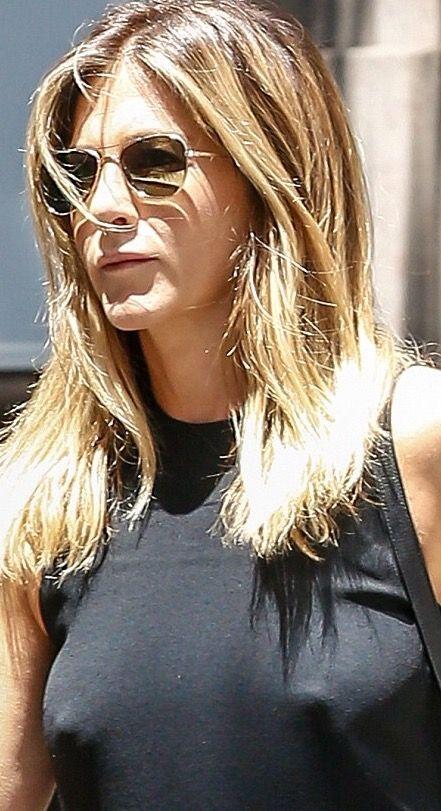 Jennifer Aniston | Pokies (•) (•) | Jennifer aniston pictures, Jennifer aniston, John aniston