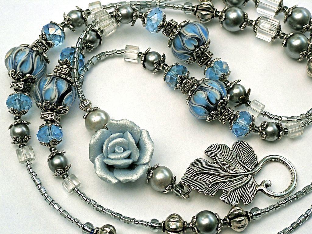 Pin By Janelle Burke On Jewelry Heaven Halsband Smycken