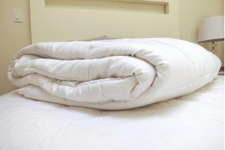 7892de8eee3dffc8302495c287145694 - How To Get Duvet Cover To Stay In Place