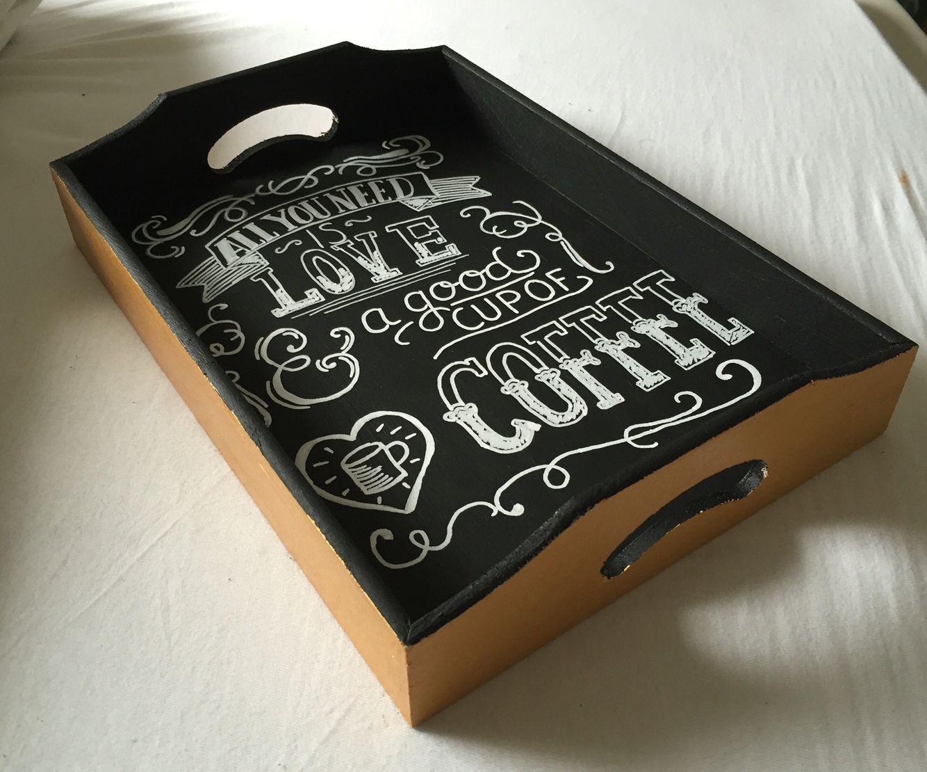 serviertablett mit tafelfarbe zum um beschriften basteln verschenken pinterest. Black Bedroom Furniture Sets. Home Design Ideas