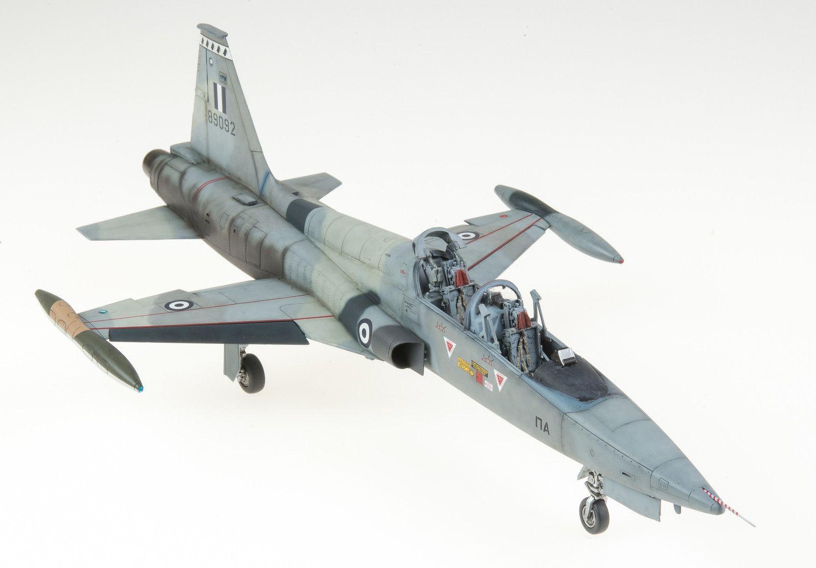 1/48 Kinetic F-5B Freedom Fighter | Modelers Social Club