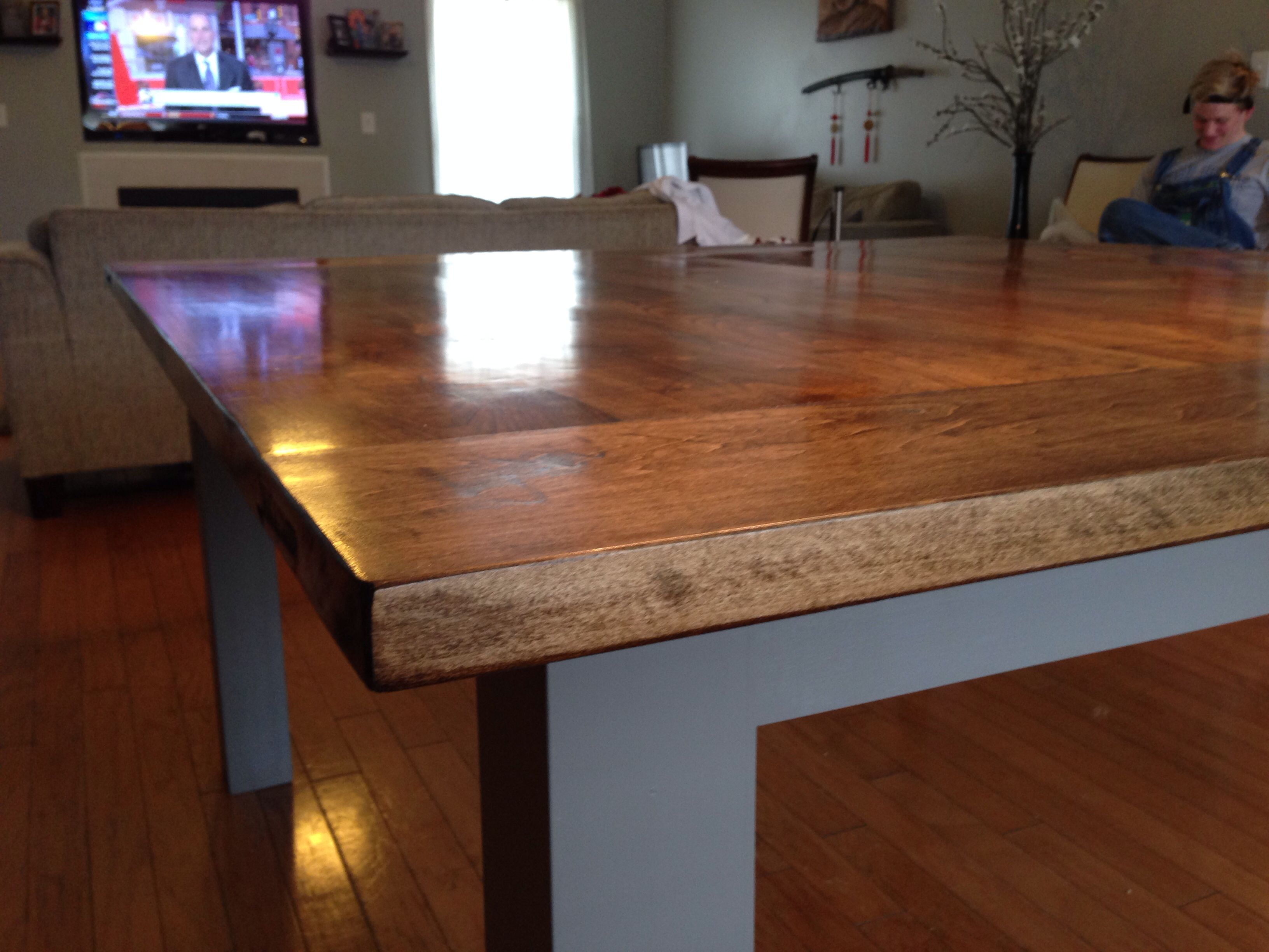 5 Coats Of Polyurethane Came Out Flawless On The Maple Dining Table