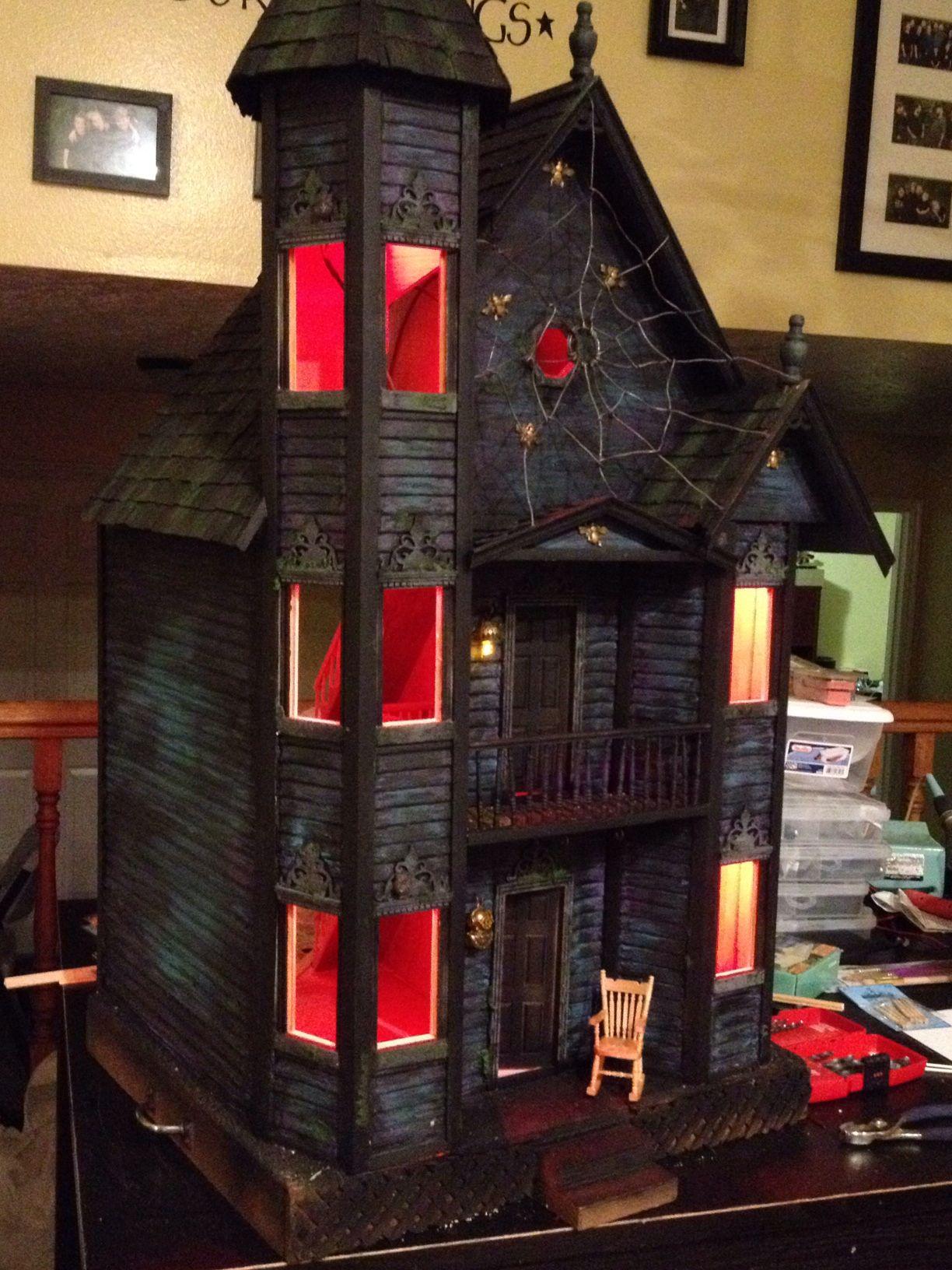 Haunted Dollhouse - Light Test   small house   Halloween ...