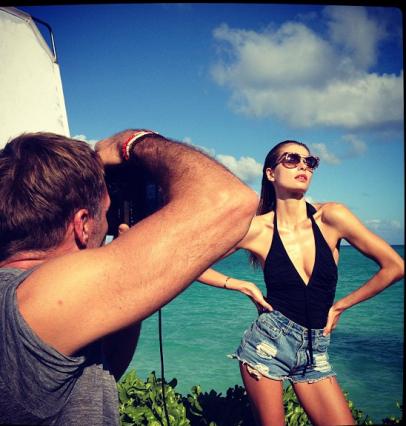 Jessica Hart in Hawaii