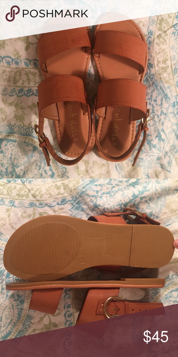 Altar'd State nude sandals BRAND NEW, never worn. Womens size 6 Altar'd State Shoes Sandals