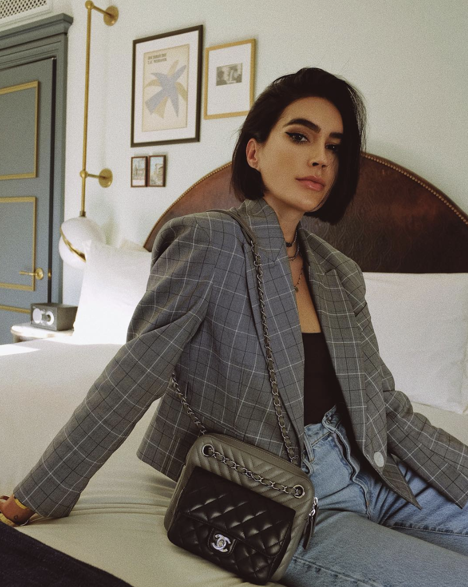 Classic Pieces This Fashion Forward La Style Influencer Wears Irl Influencers Fashion Plaid Blazer Outfit Blazer Outfits