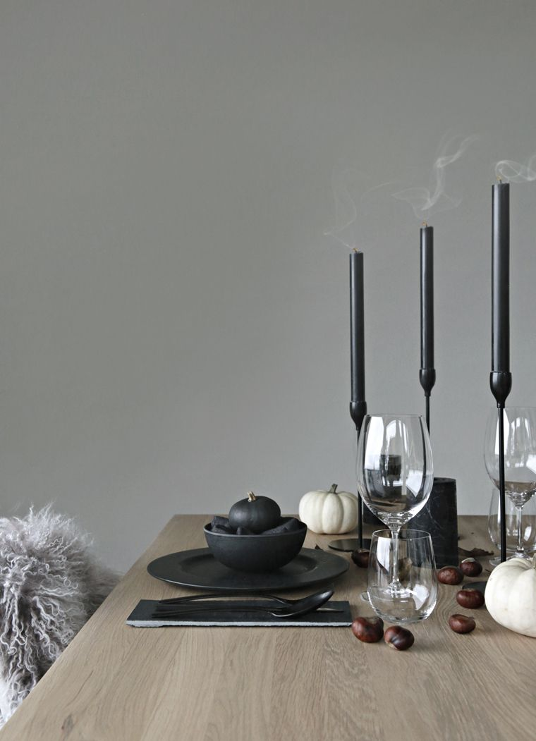 Halloween / Autumn table setting Stylizimo Inspiration - Halloween Table Decorations Pinterest
