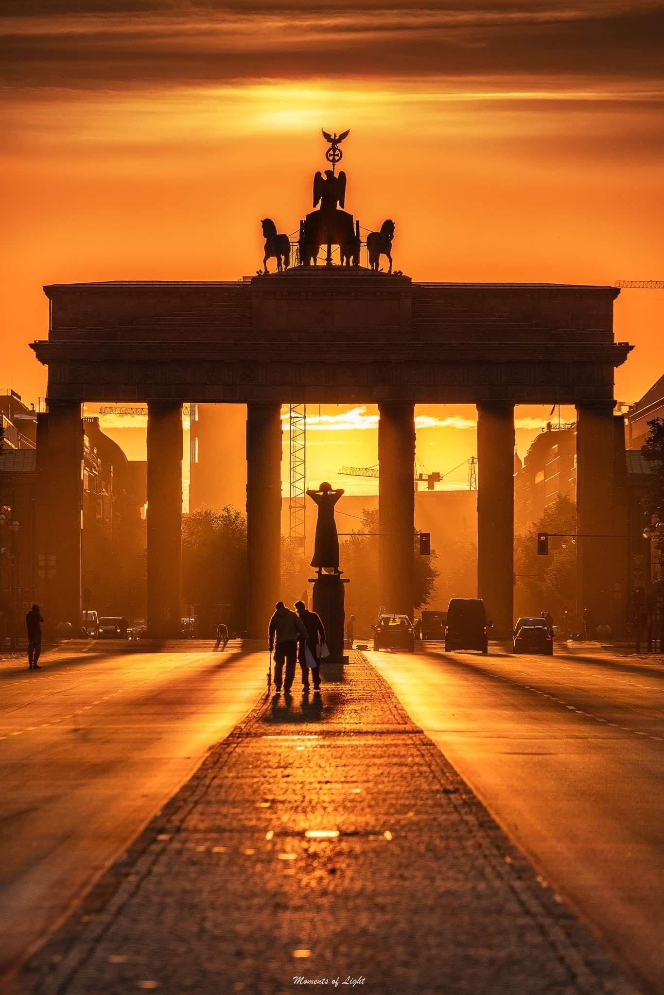 Pin Von Brigitte Quaedvlieg Auf Berlin Berlin Geschichte Reisen Bilder