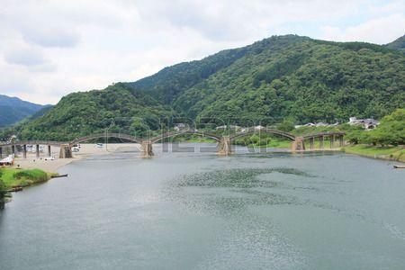 the Kintai bridge in the summer season